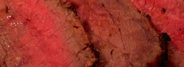 Skirt steak with red wine marinade