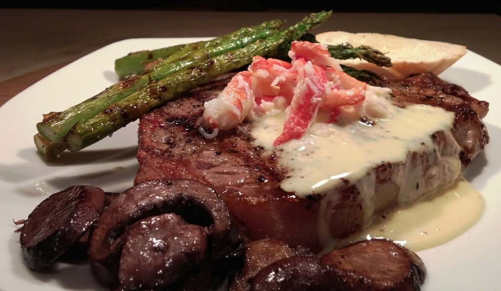 T-bone steak with crab, hollandaise, asparagus and mushrooms(1)