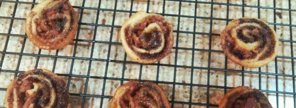 Mini cinnamon bacon rolls